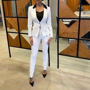 NEW! White Blazer set with black collar chain